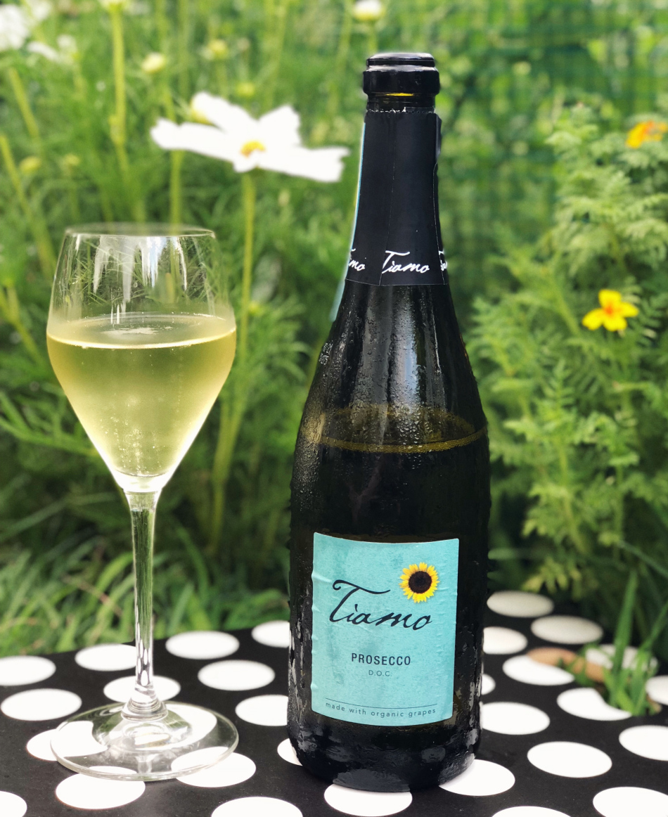 8 Italian Bubblies for $18 or Less