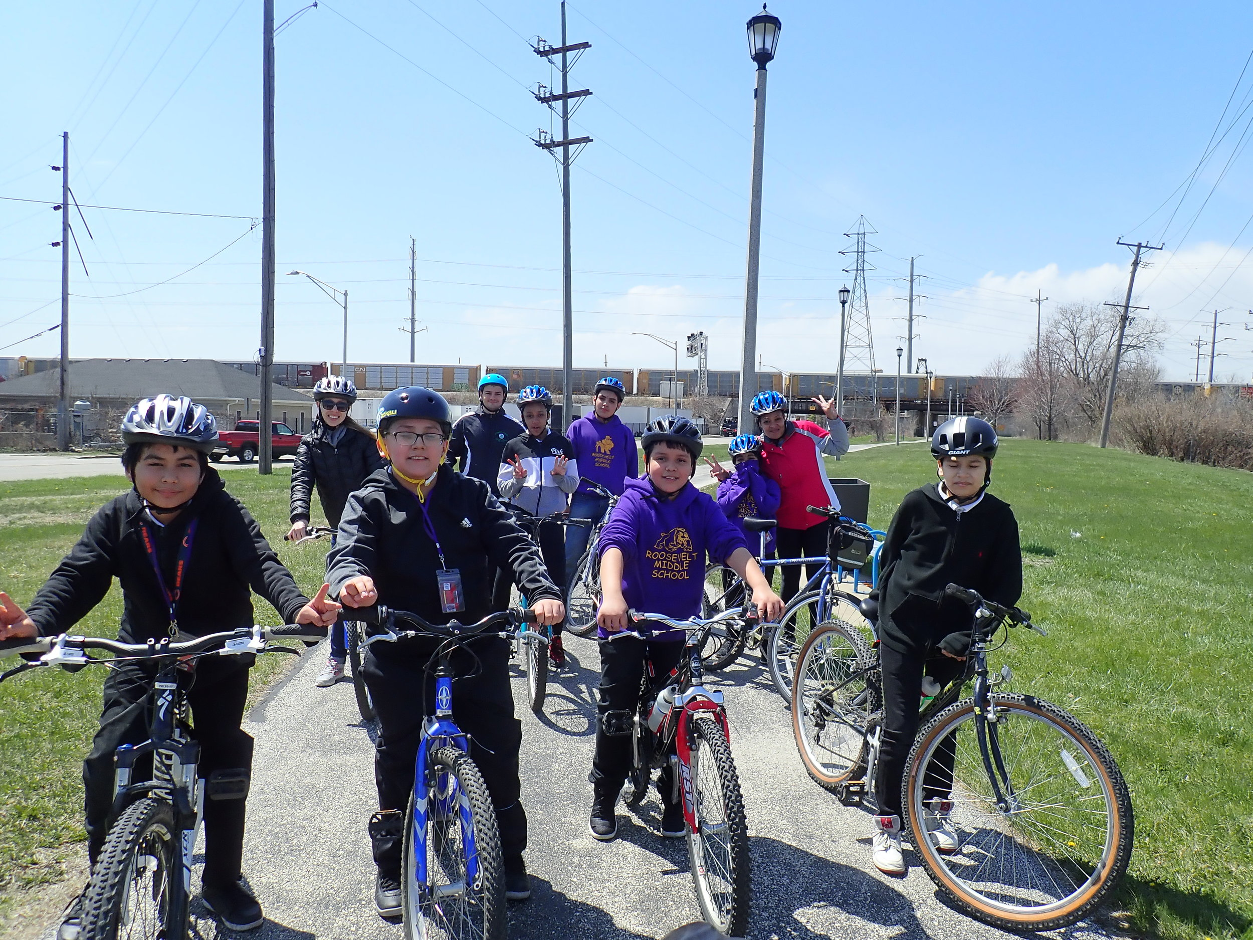 Chicago Voyagers_group on ride_2018.jpg