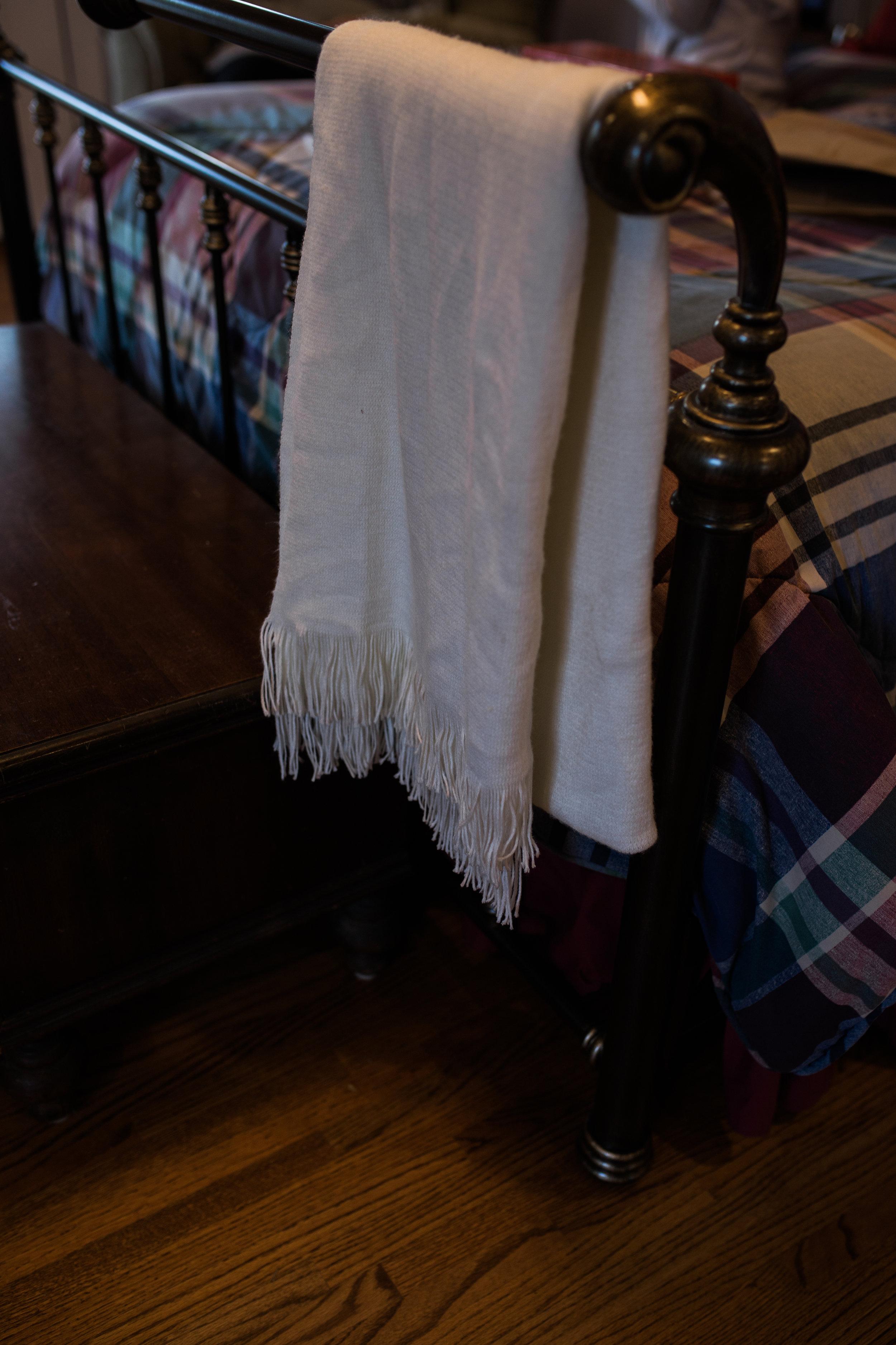 Blanket | Smith Lake Wedding | Smith Lake | Bremen, AL