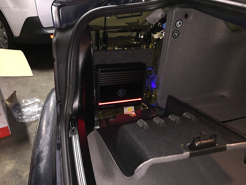 BMW-530i-2003-amp.jpg