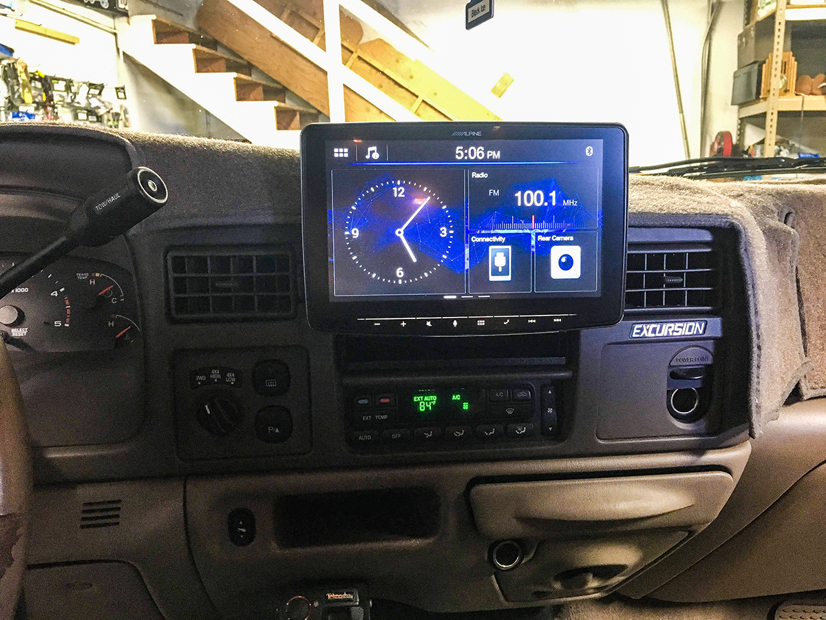 2004 Ford Excursion After.jpg