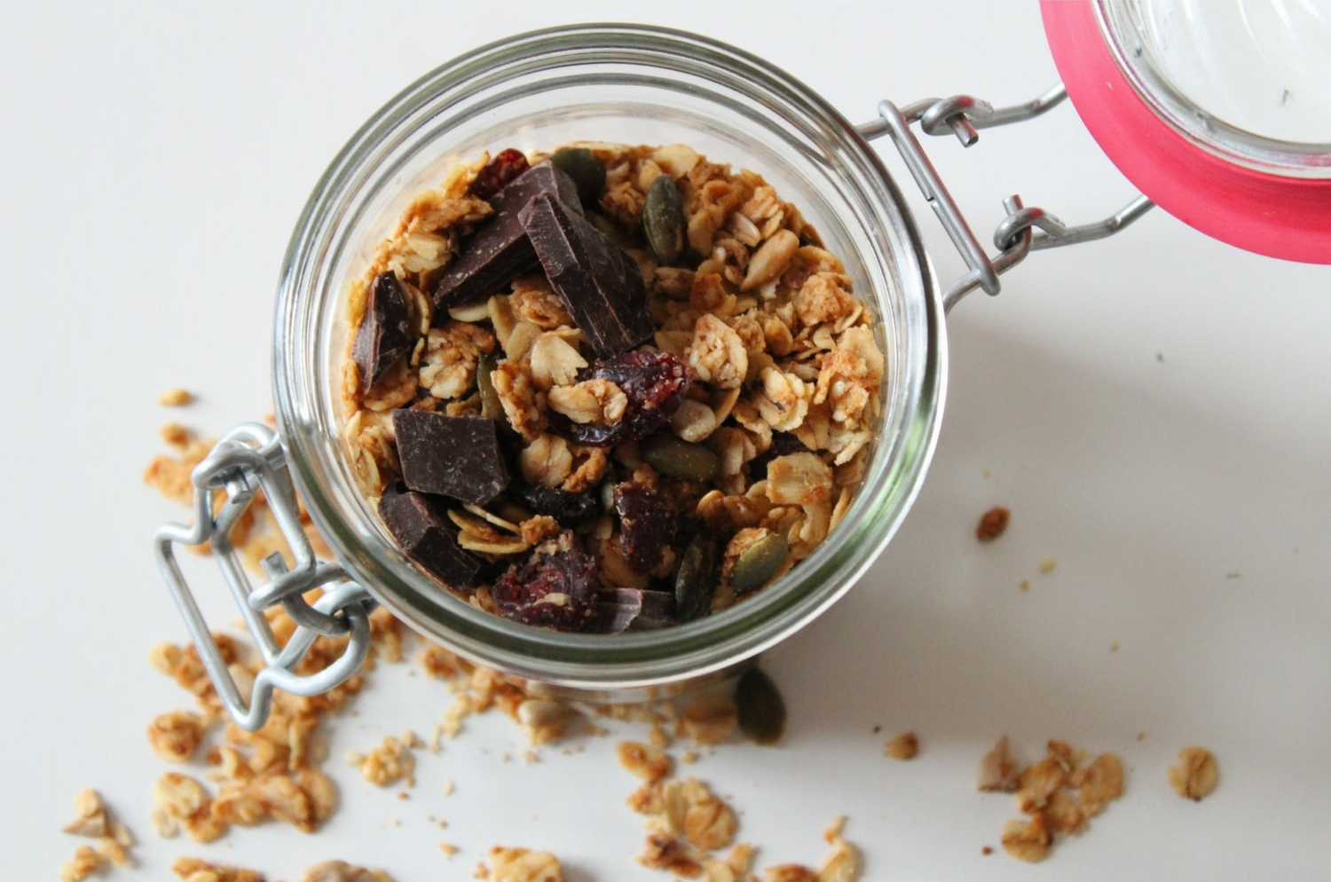 Homemade Chocolate Granola  - This Granola (200g) has been made with the best ingredients : Organic Jumbo Oats, Organic Milk Chocolate,Organic Pumpkin Seeds, Organic Sunflower Oil, Cinnamon, Himalayan Rose Pink SaltMade by Hazelnut