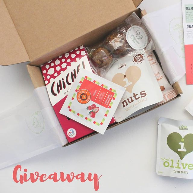 "Join us on our monthly  giveaway and get a chance to win a free Taster Box ! 😄  Hazelnut Box is a fun and convinient way to discover healthy and tasty snacks every month 🌱 💡 To enter this giveaway simply click on the link in our bio and then click on ""Enter Giveaway "" (T&C : only for Irish residents!) ⠀⠀⠀⠀⠀⠀⠀⠀⠀ #Giveaway #snacktime #Hazelnutbox #Subscriptionbox #irishsubscriptionbox #happysnacking #winwin #tastinggood #tastysnacks"