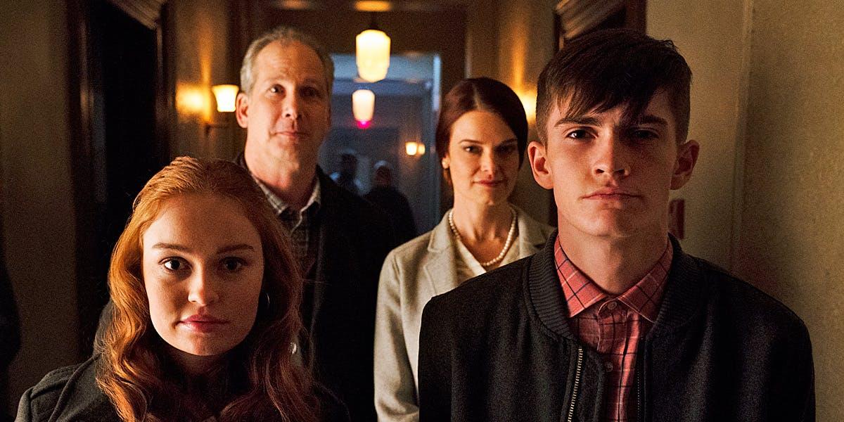 titans-nuclear-family1.jpg
