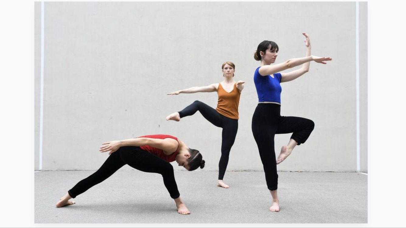 A to Y MinEventMerce Cunningham - Length: 26 MinutesQuartet