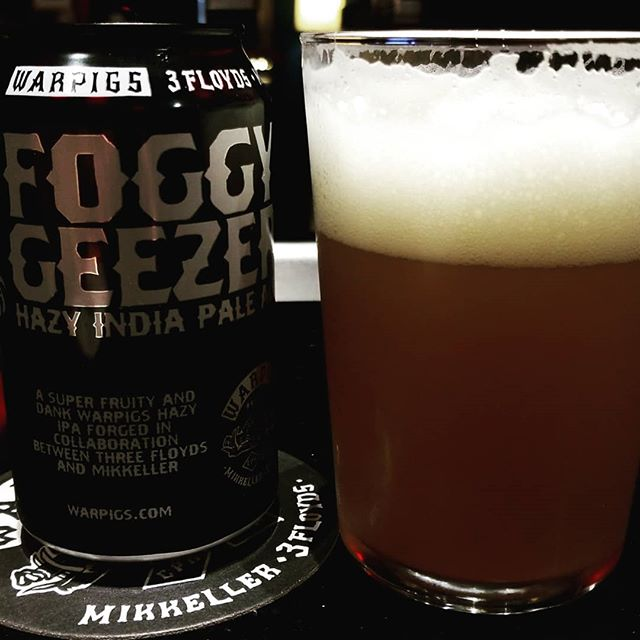 Foamy! . . . . . . .#foggygeezer #warpigs #beer #huntressofhappy