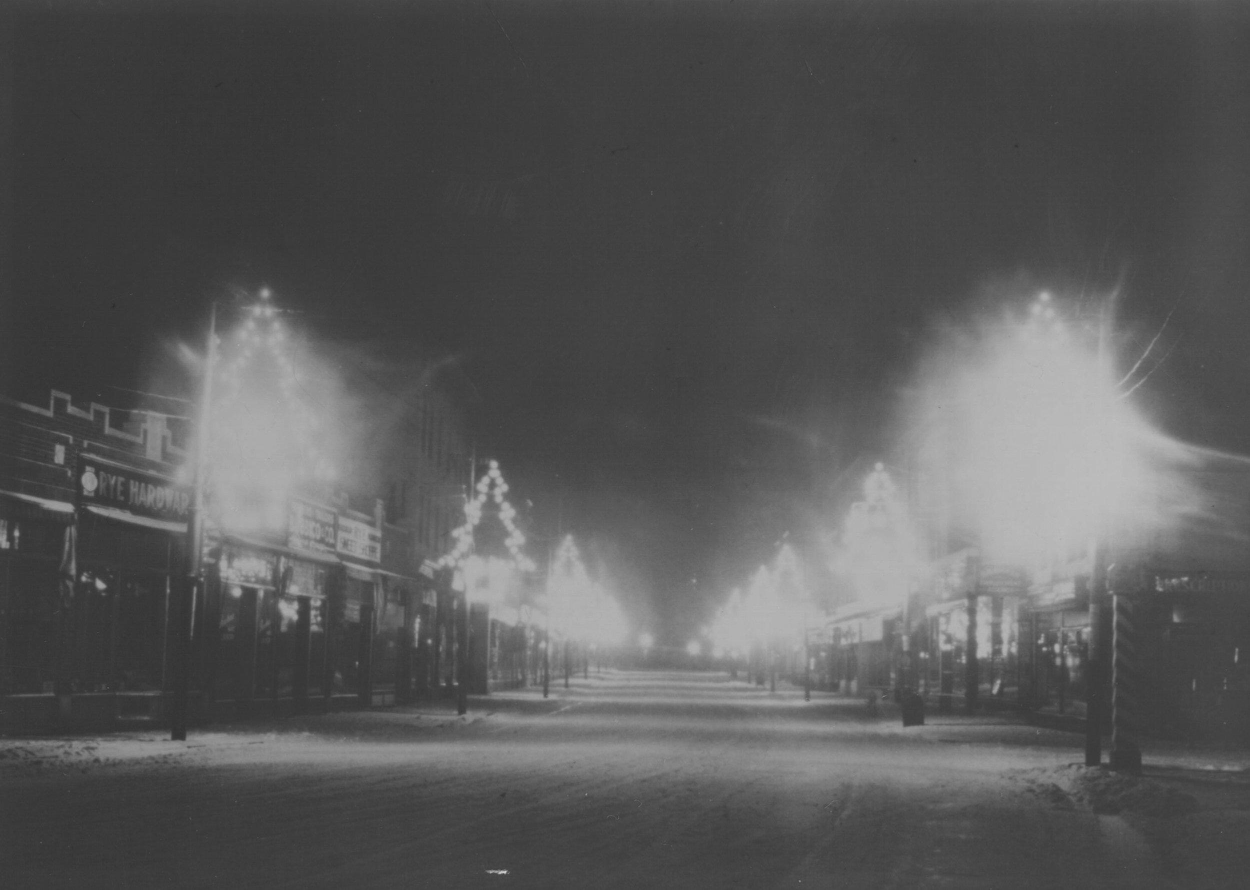 Christmas Lights on Purchase Street