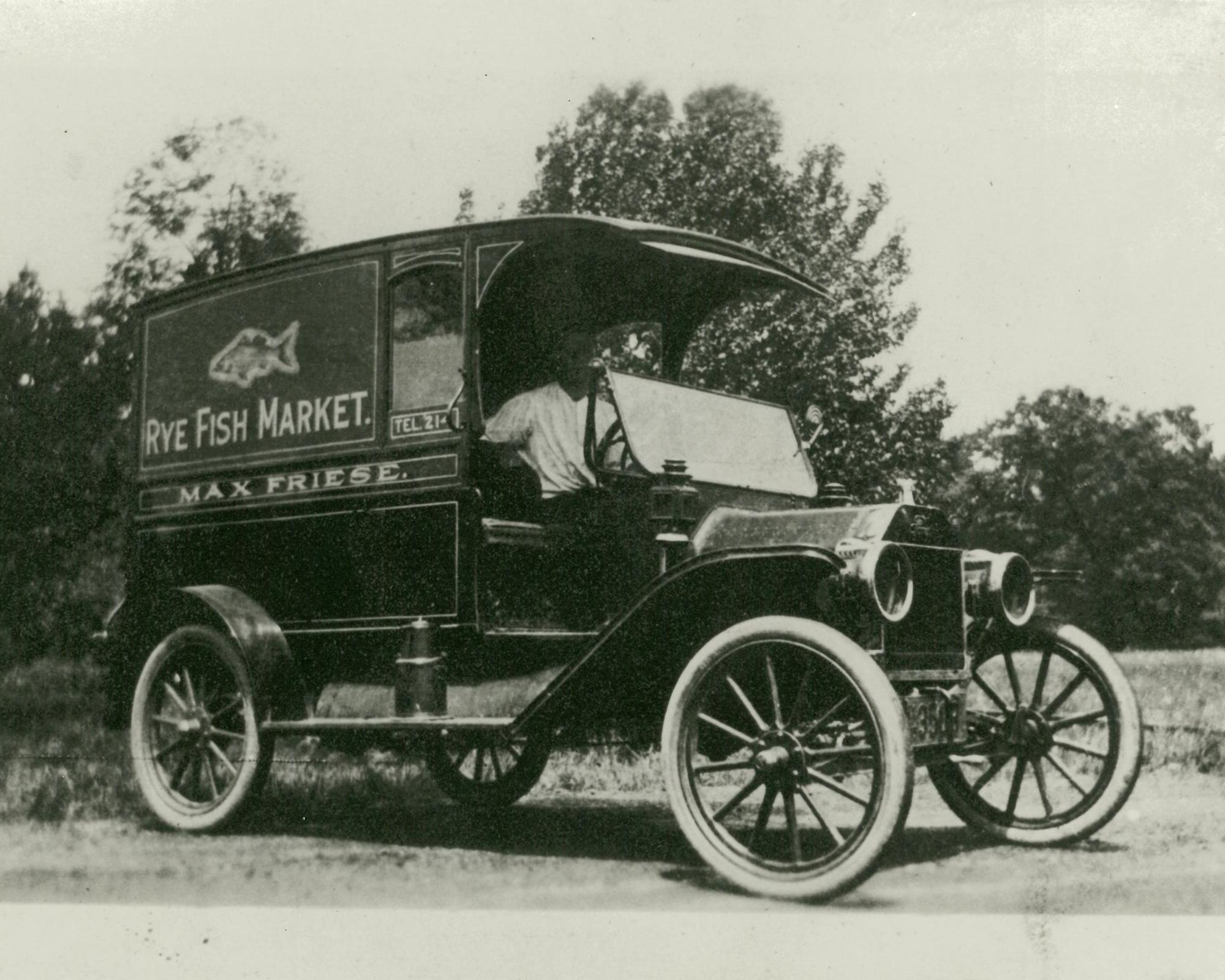 Fresh Fish delivery c 1910