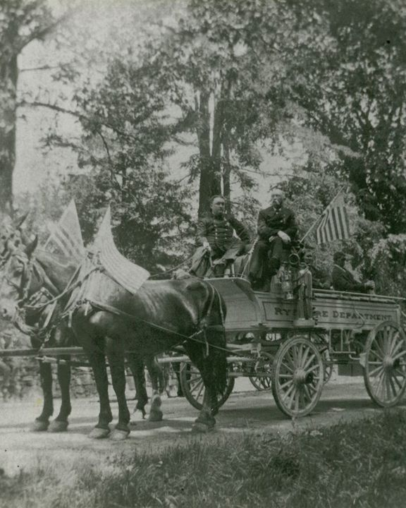 Civil War Veterans in Independence Day Parade c. 1890's