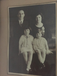 Isaac and Edith Donen with their daughters, Gloria and Joyce