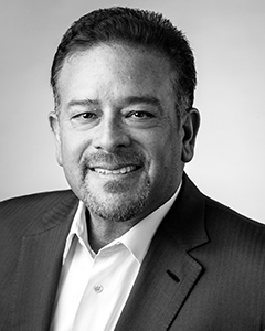 Raul Fernandez   Chairman, Lead Investor  •Vice Chairman & Owner, Monumental Sports and Entertainment (Washington Wizards, Capitals, Capital One Arena)  •Special Advisor to General Atlantic  •Former Kate Spade Board Member  •Founder, Proxicom