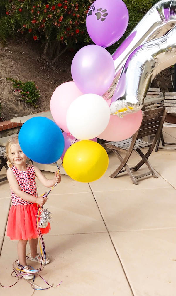 simple_third_birthday_party_rosie_balloons.JPG