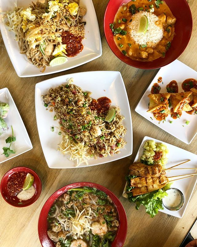 Noodles or fried rice? Why not both! Come in for a quick lunch or order us right to your doorstop with @favor, @ubereats or @doordash. #CraveSing