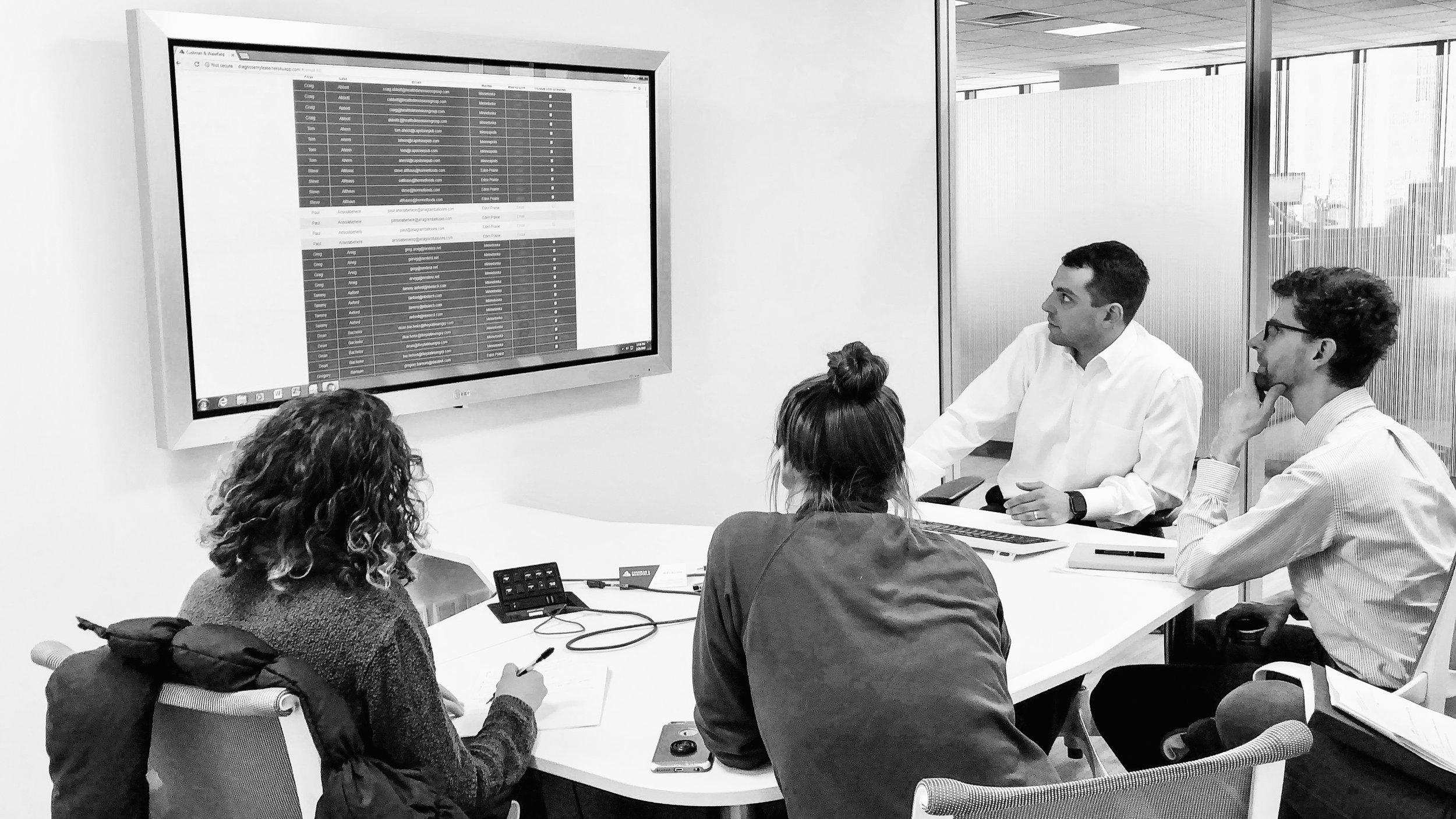 Dan shows us more about the site tools and their value to both brokers and potential clients.