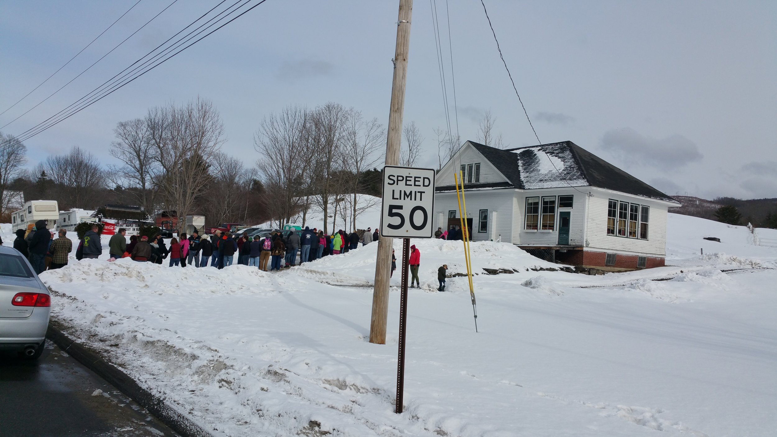 The long wait outside Hall Farm on Maine Maple Sunday.