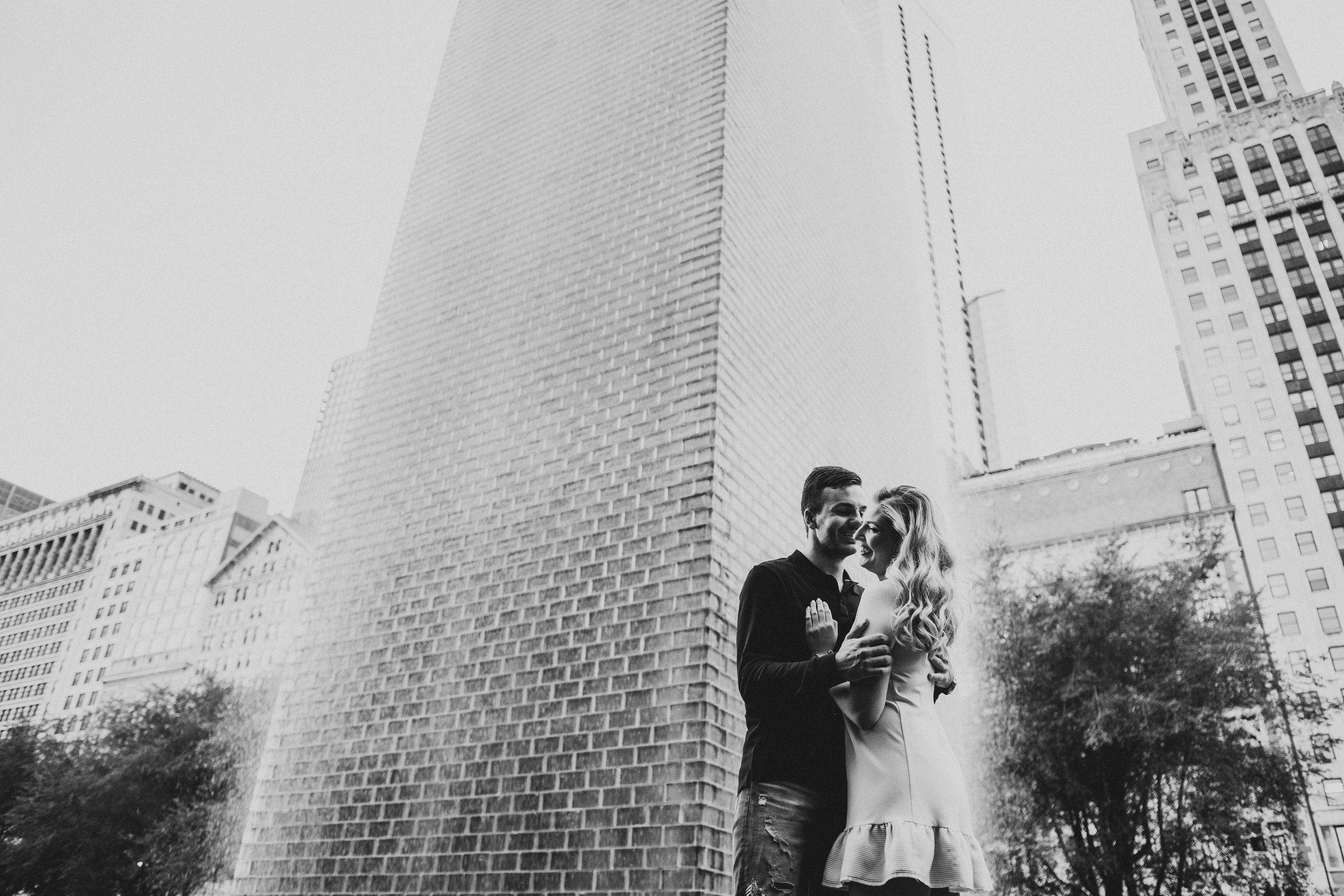 Engagement photographer in Chicago-5.jpg