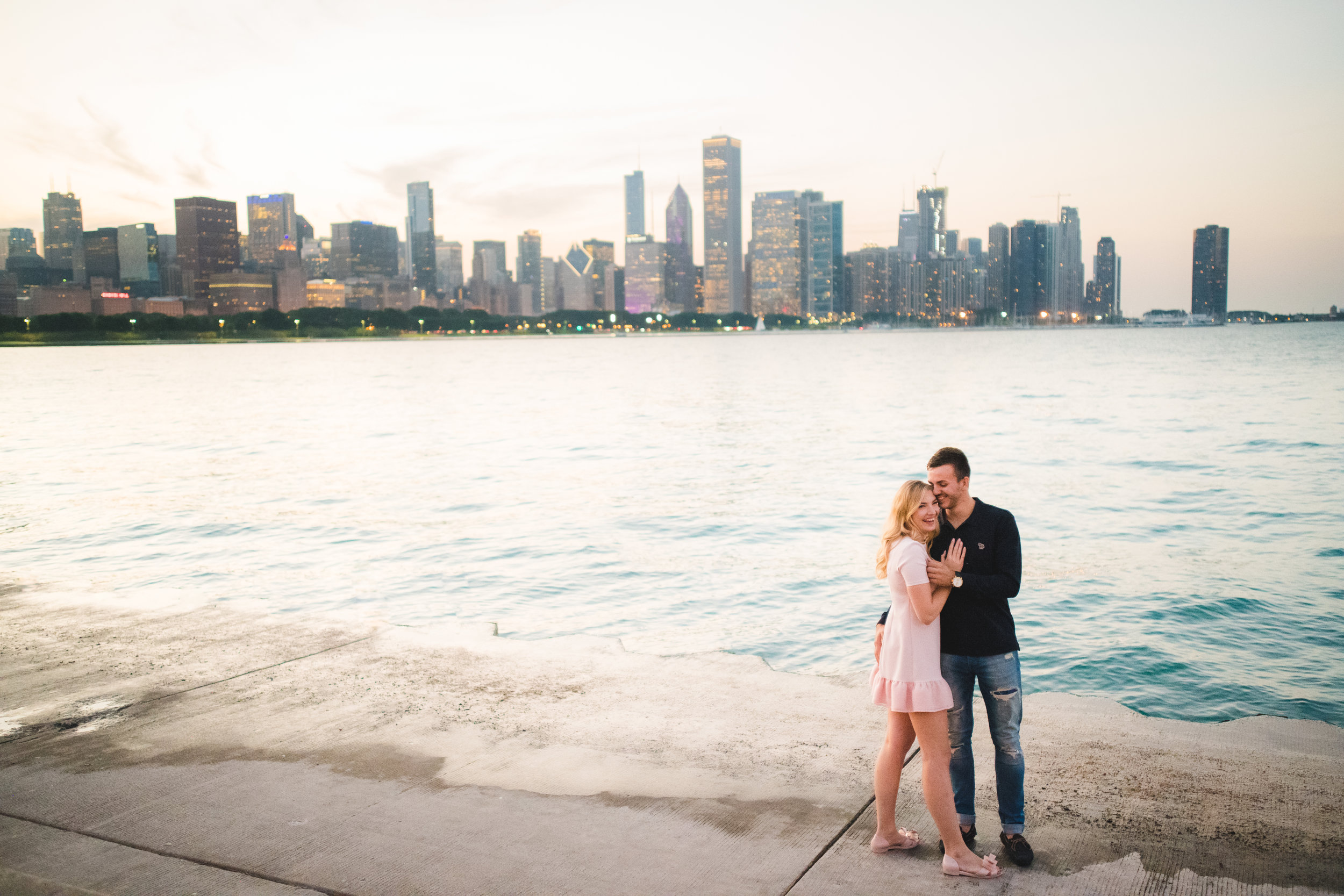 Engagement photographer in Chicago-6.jpg