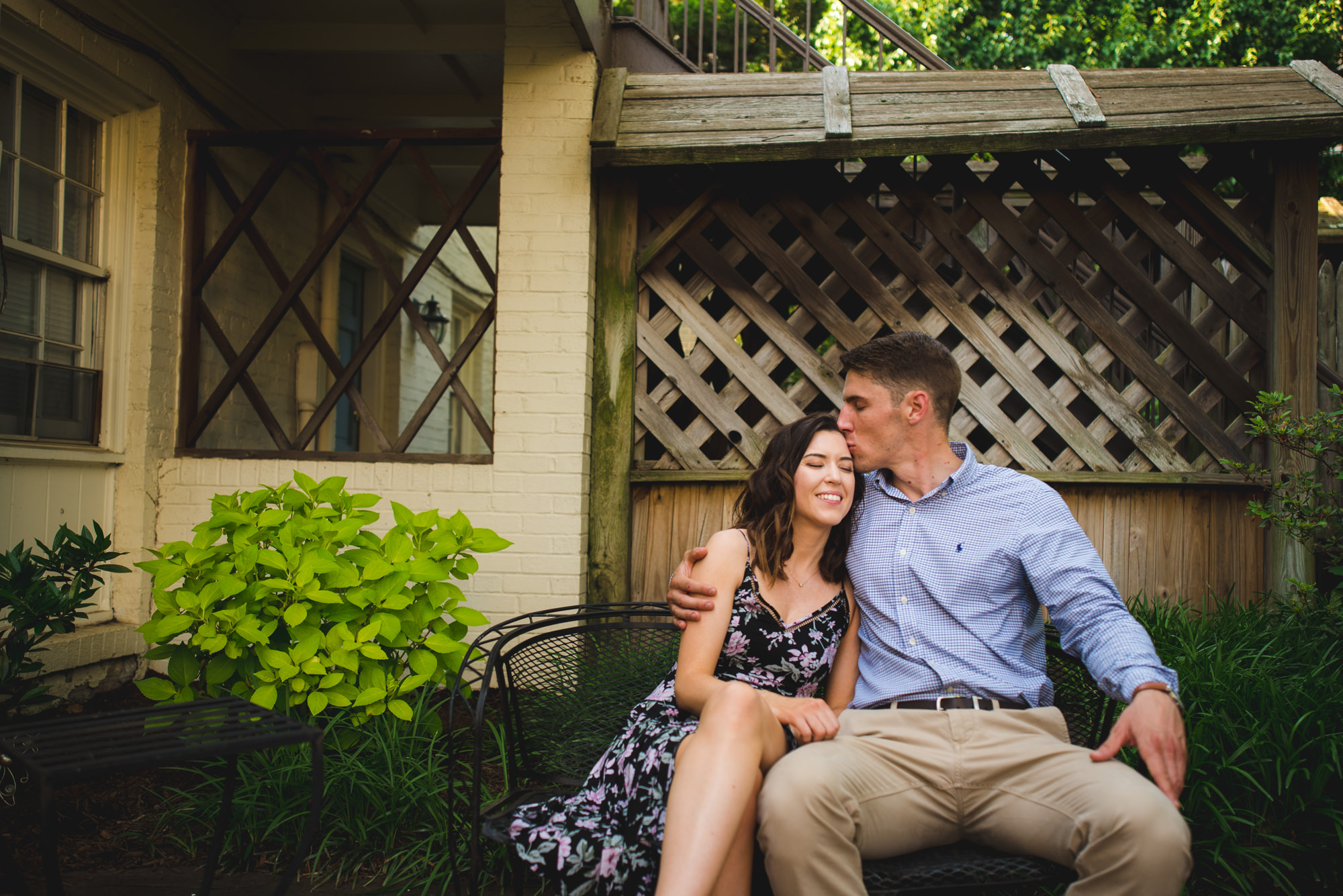 Alexandria-Old-Town-Elegant-Engagement-Pictures-by-Gabriele-Stonyte-Photography-9.jpg