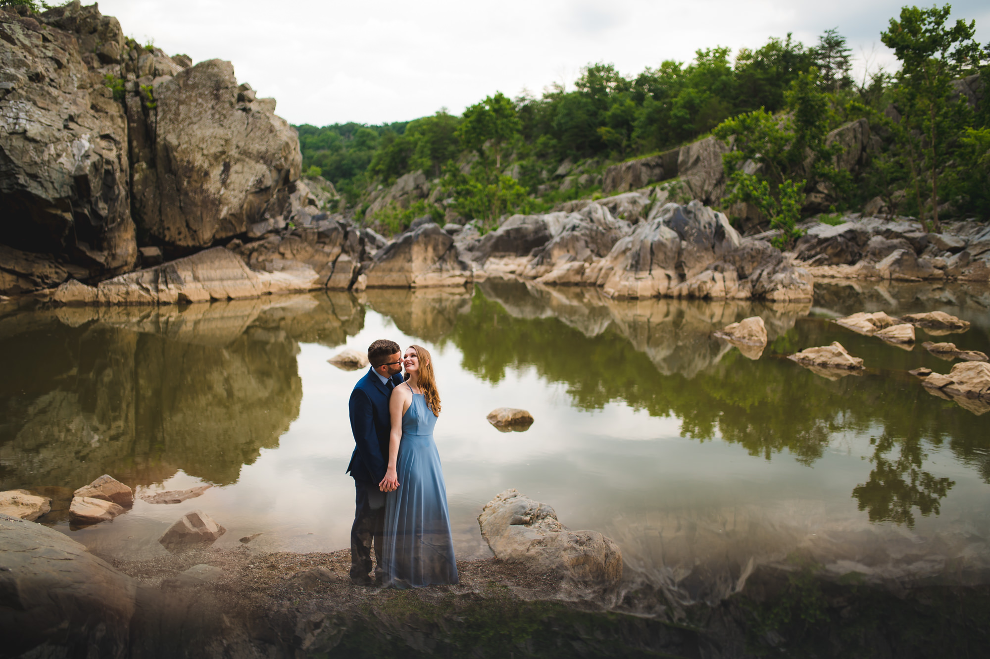 Great-Falls-Park-elegant-engagement-picture-by-Gabriele-Stonyte-Photography
