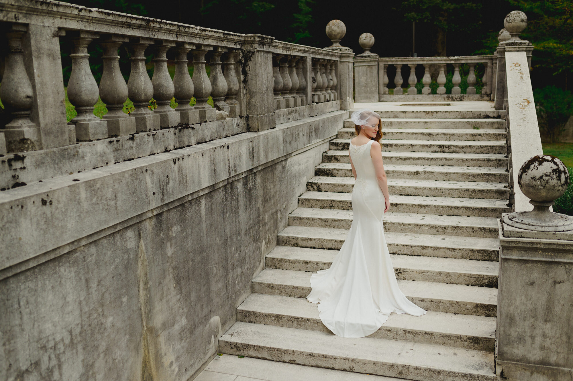 strong-mansion-wedding-bride-by-Gabriele-Stonyte-Photography