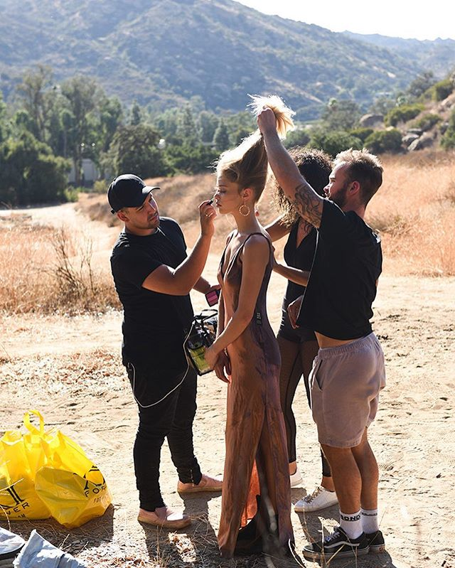 #BTS I'm the #simivalley 📸 @erwinloewen 👱🏼‍♀️ @alliemaebb 💄 @makeupartistmichael ✂️ @reecewalkerhair