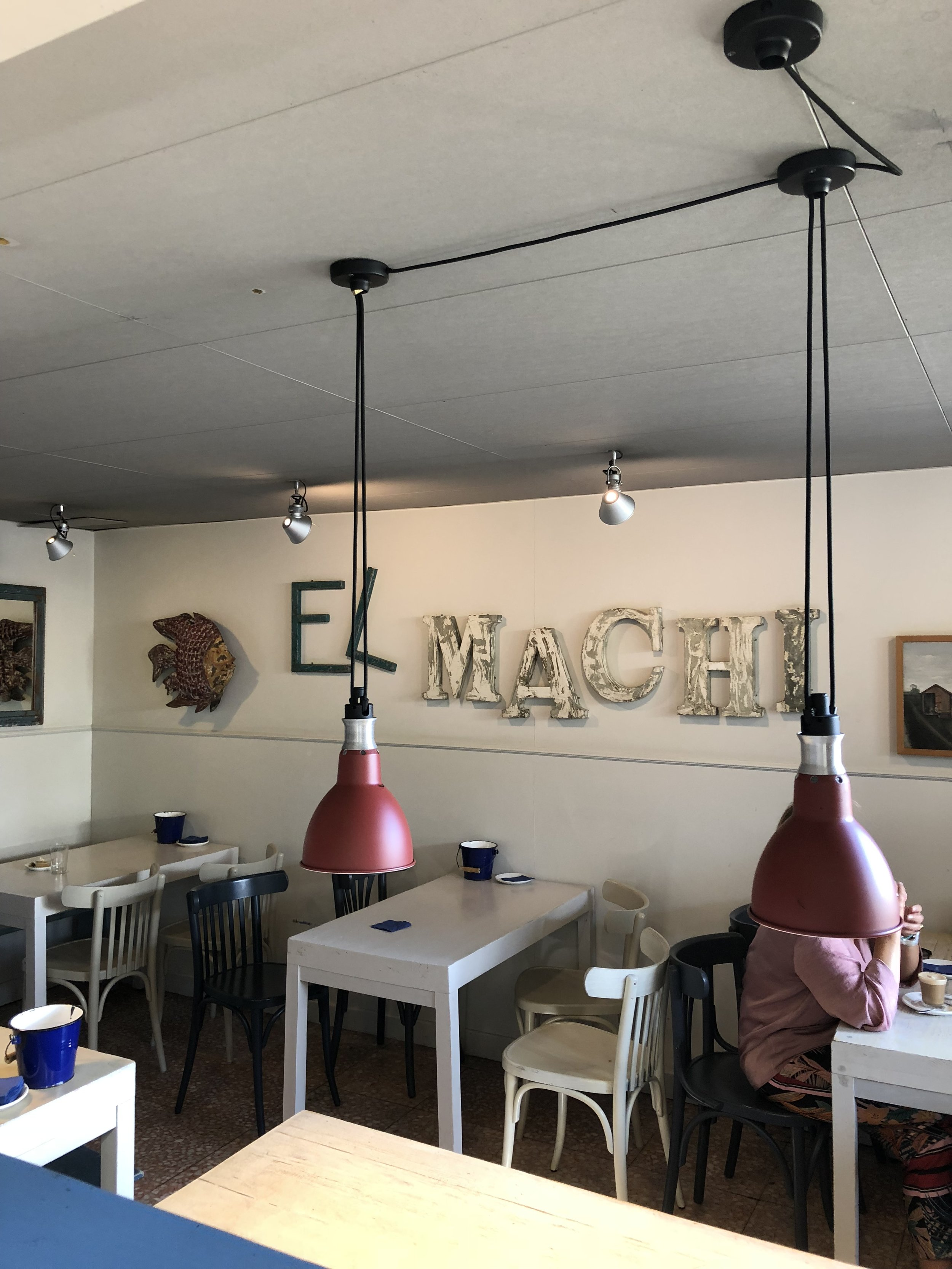 Fantastic food - With a wonderful vibe. And one of the best cups of cafe con leche I have had so far:)