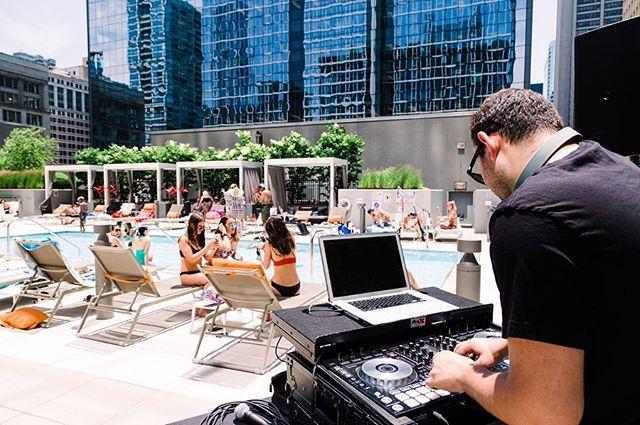 Rooftop Margarita Pool Party 🍹🌊☀️ • @marqueeblock37