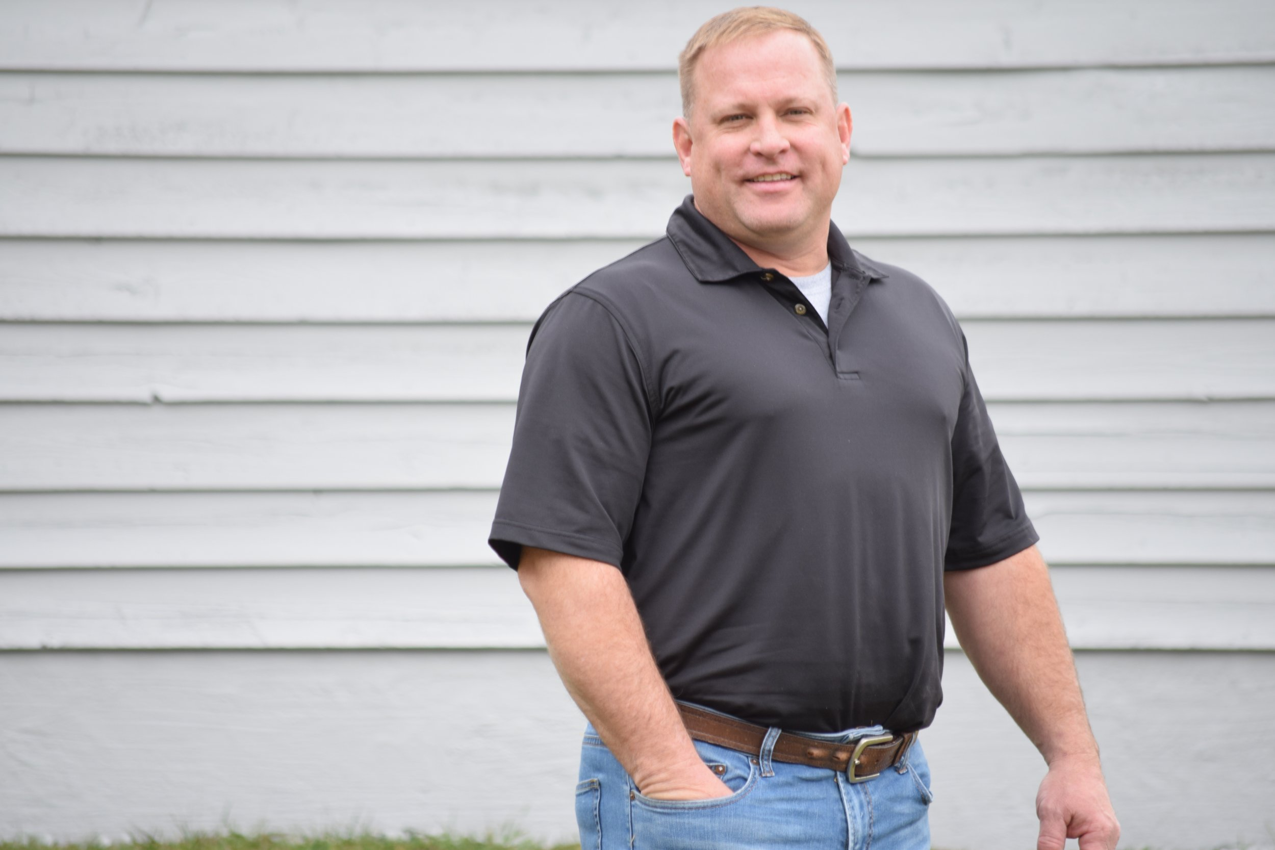 Randy Hansen has over a decade of experience in the home industry.