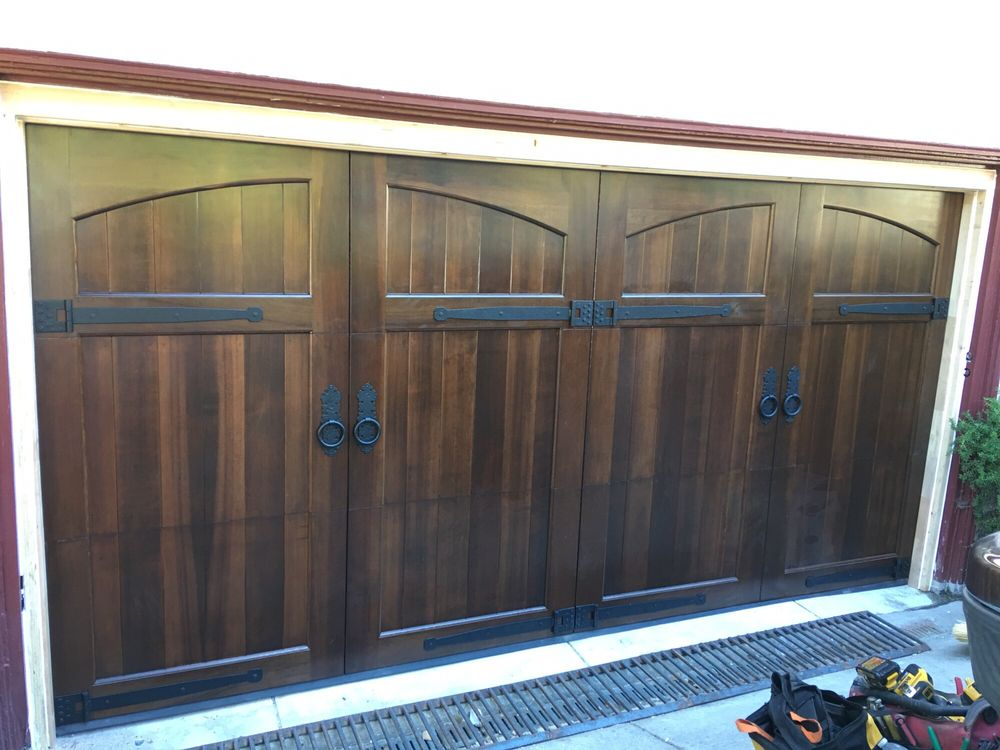 Stain Grade Carriage House - Clear Red Western Cedar (after professional staining)