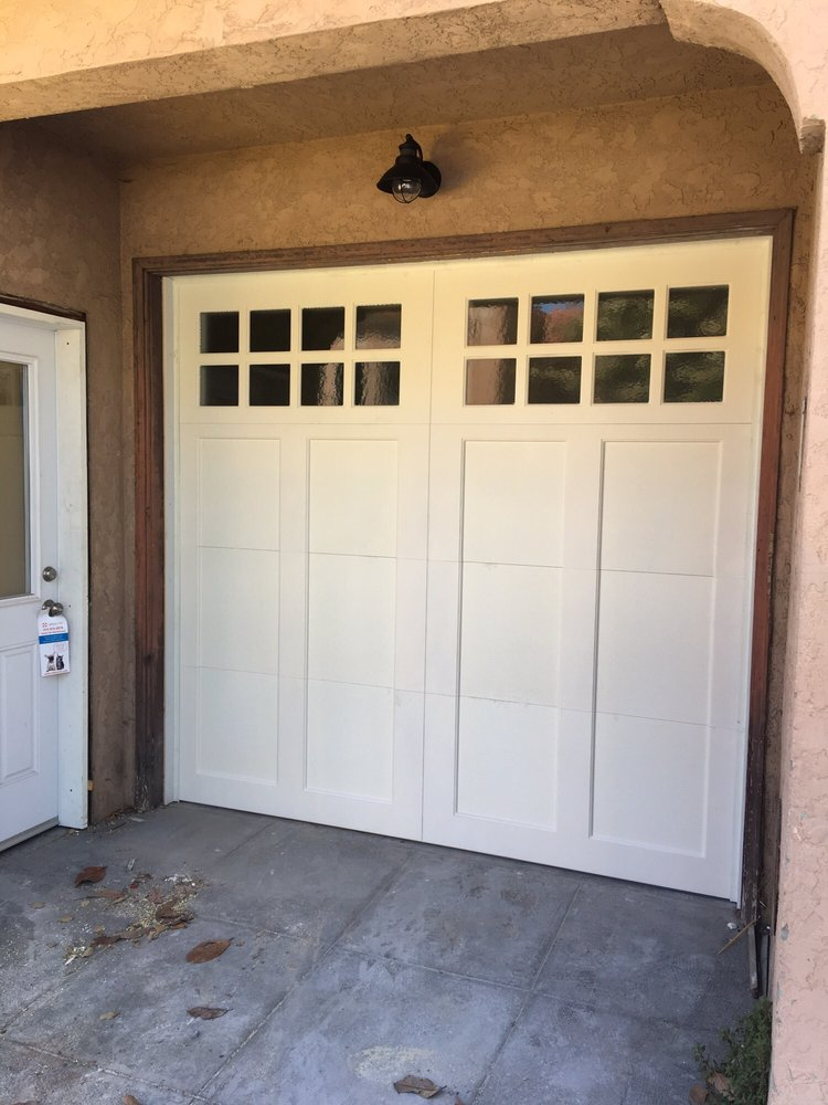 all bay garage doors - carriage house garage door - kevin chervatin - 41.jpg