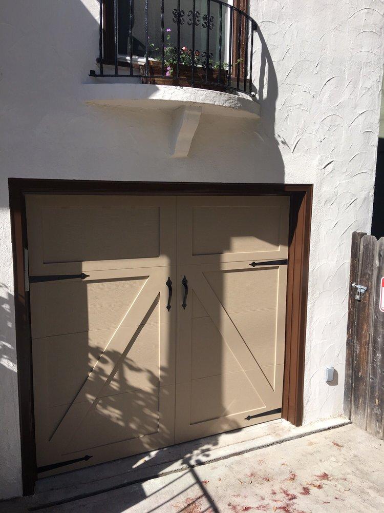 all bay garage doors - carriage house garage door - kevin chervatin - 39.jpg