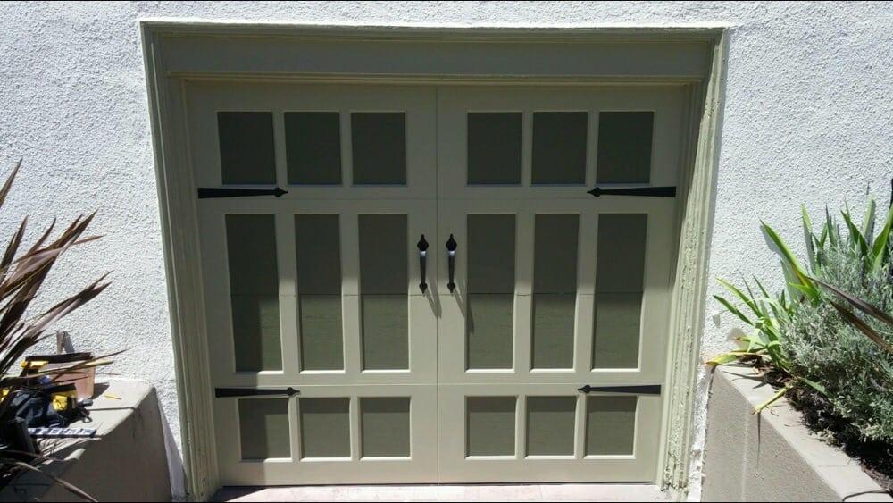 all bay garage doors - carriage house garage door - kevin chervatin - 38.jpg