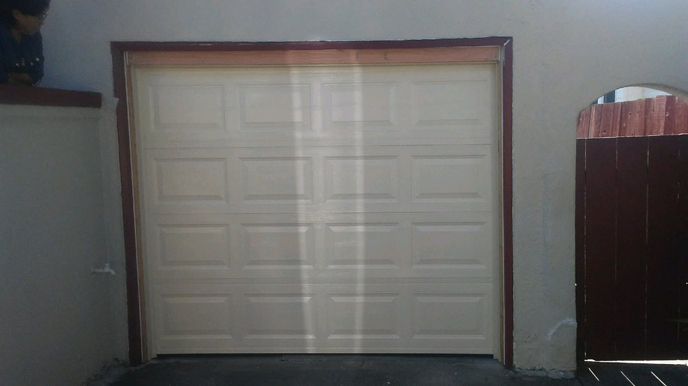 All Bay Garage Doors - Kevin Chervatin - Short Panel Amarr - 2.jpg