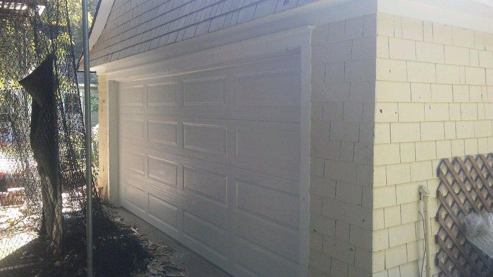 All Bay Garage Doors - Kevin Chervatin - Long Panel Steel Garage Doors - 4.jpg