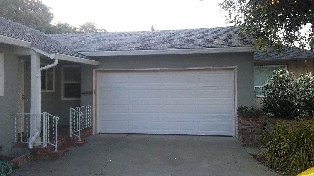 All Bay Garage Doors - Kevin Chervatin - Long Panel Steel Garage Doors - 5.jpg