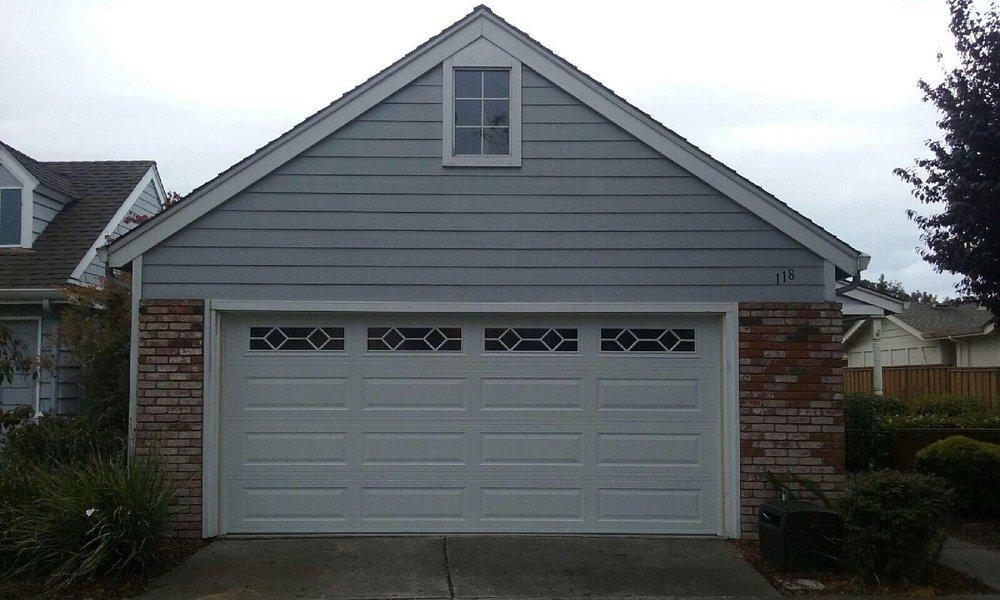 All Bay Garage Doors - Kevin Chervatin - Long Panel Steel Garage Doors - 43.jpg