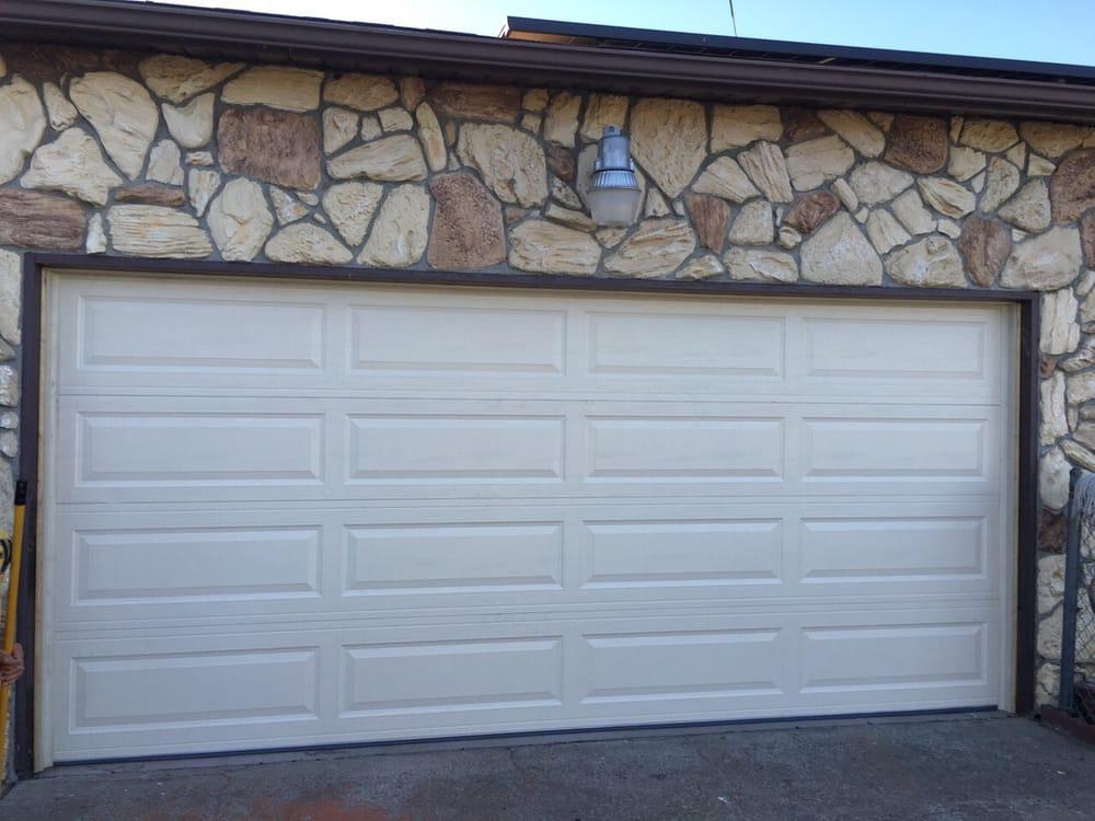 All Bay Garage Doors - Kevin Chervatin - Long Panel Steel Garage Doors - 57.jpg