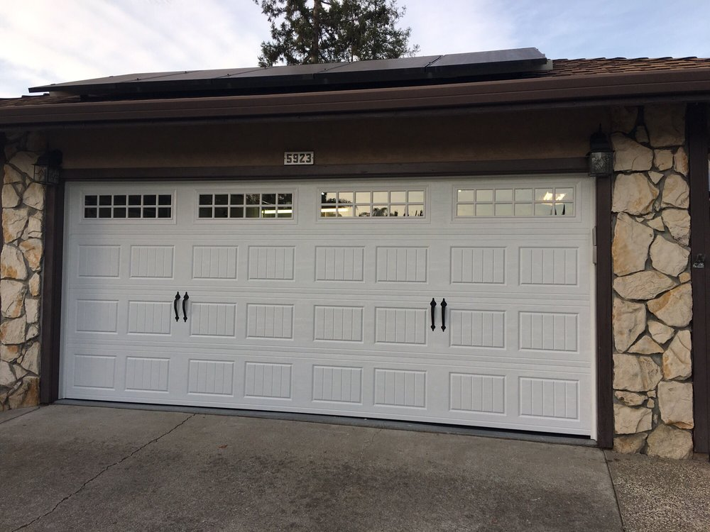 All Bay Garage Doors - Kevin Chervatin - Oak Summit Steel Garage Doors - 8.jpg