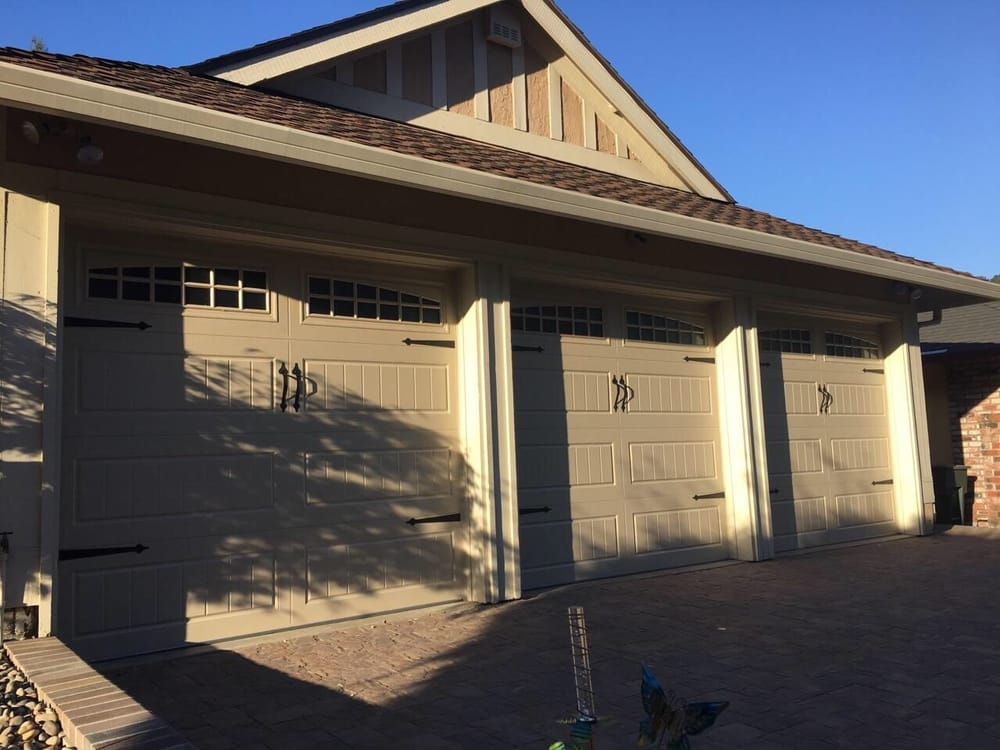 All Bay Garage Doors - Kevin Chervatin - Oak Summit Steel Garage Doors - 16.jpg