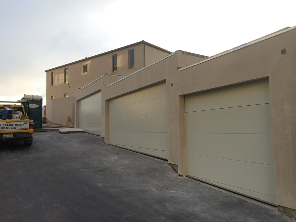 All Bay Garage Doors - Flush Panel Garage Doors - Kevin Chervatin - 25.jpg
