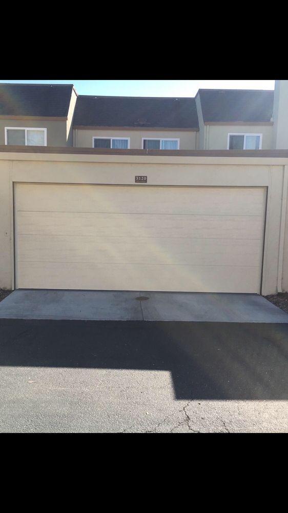 All Bay Garage Doors - Flush Panel Garage Doors - Kevin Chervatin - 20.jpg