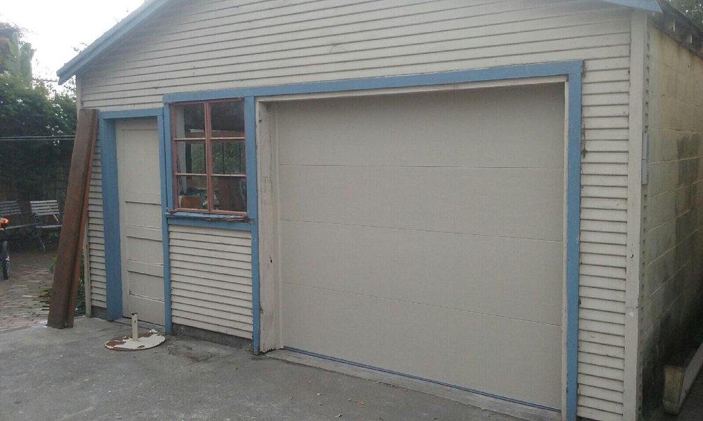 All Bay Garage Doors - Flush Panel Garage Doors - Kevin Chervatin - 14.jpg
