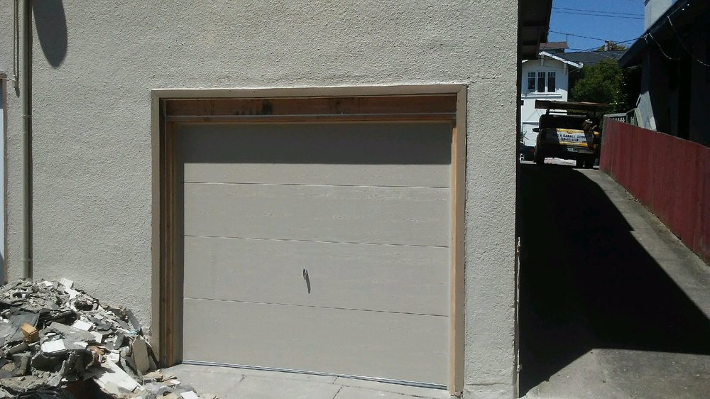 All Bay Garage Doors - Flush Panel Garage Doors - Kevin Chervatin - 4.jpg