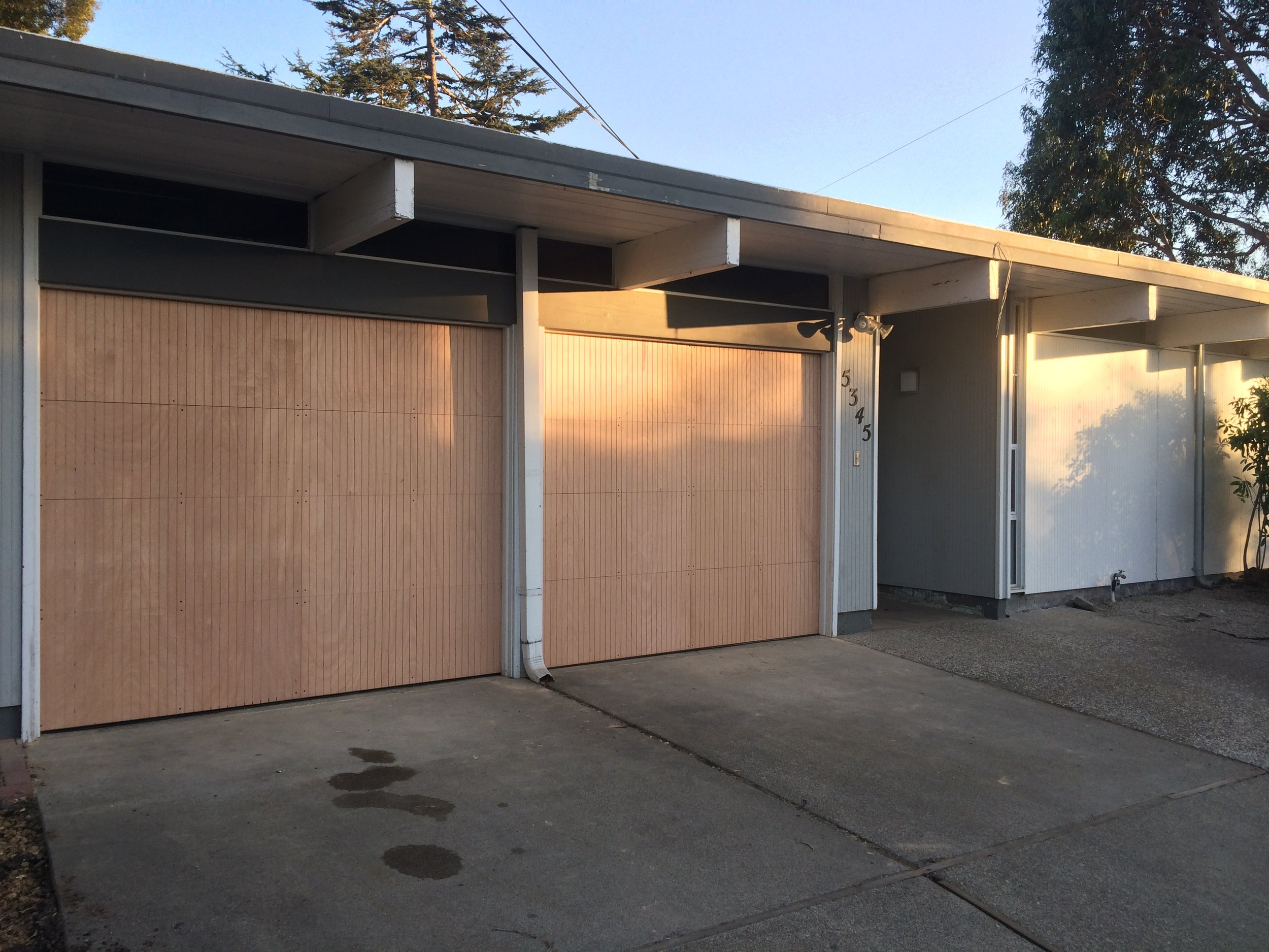 30 All Bay Garage Doors - Custom Built Kevin Doors - Kevin Chervatin - 1.JPG