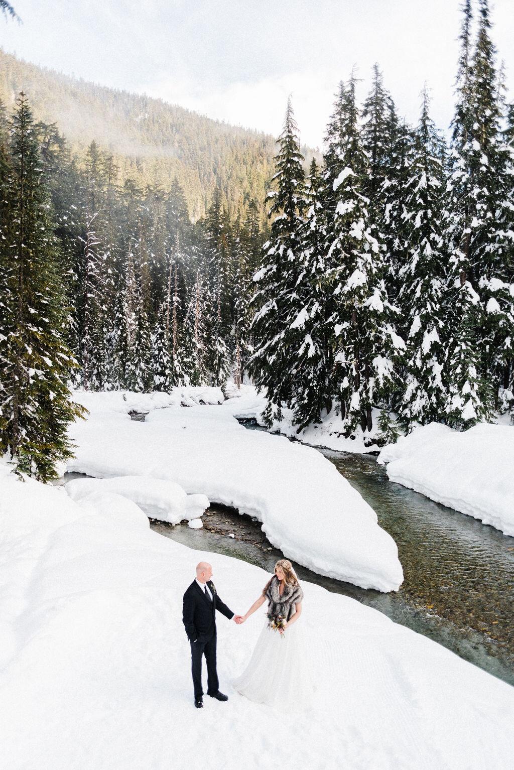 mountain elope winter elopement