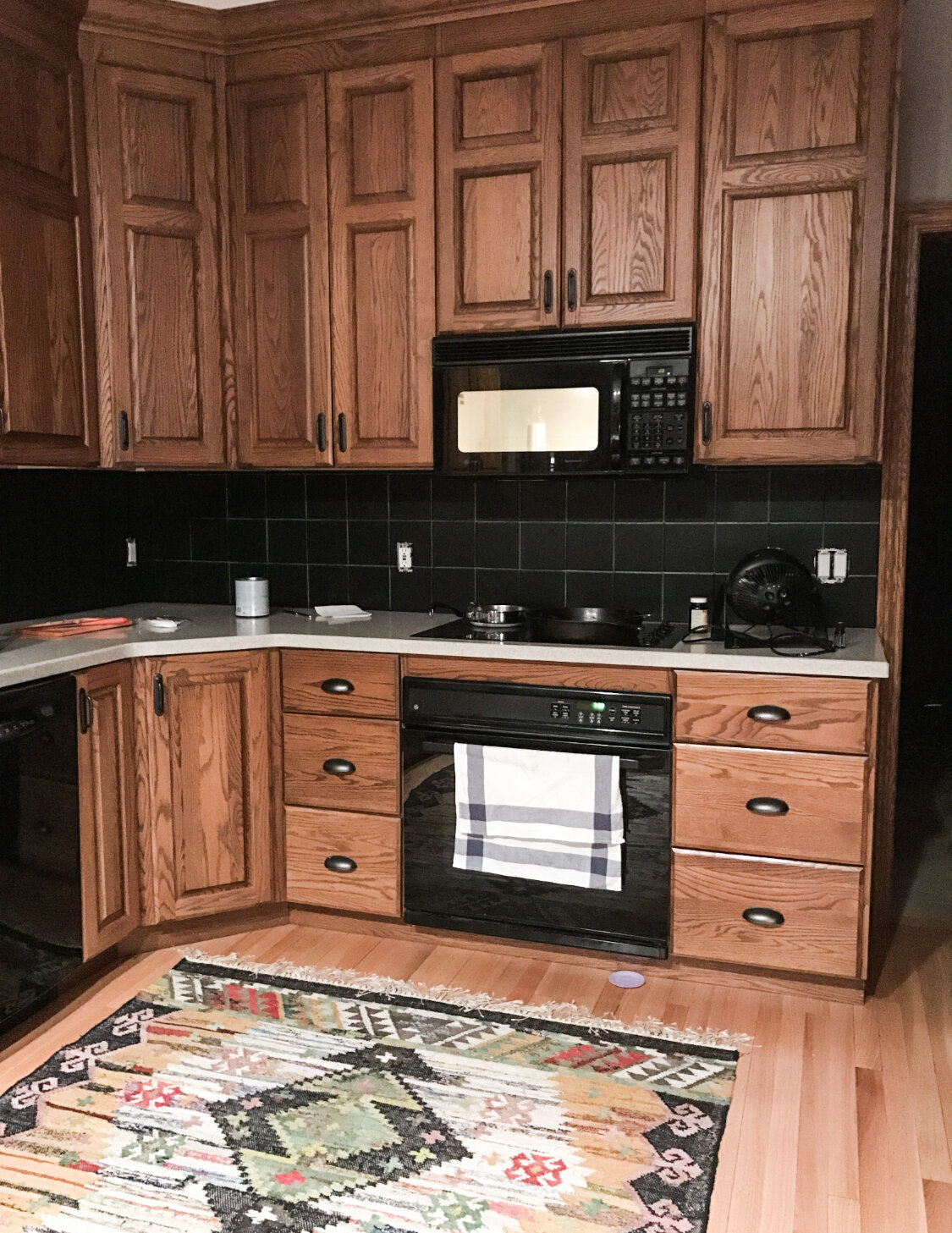 Image of: How To Make An Oak Kitchen Cool Again Copper Corners