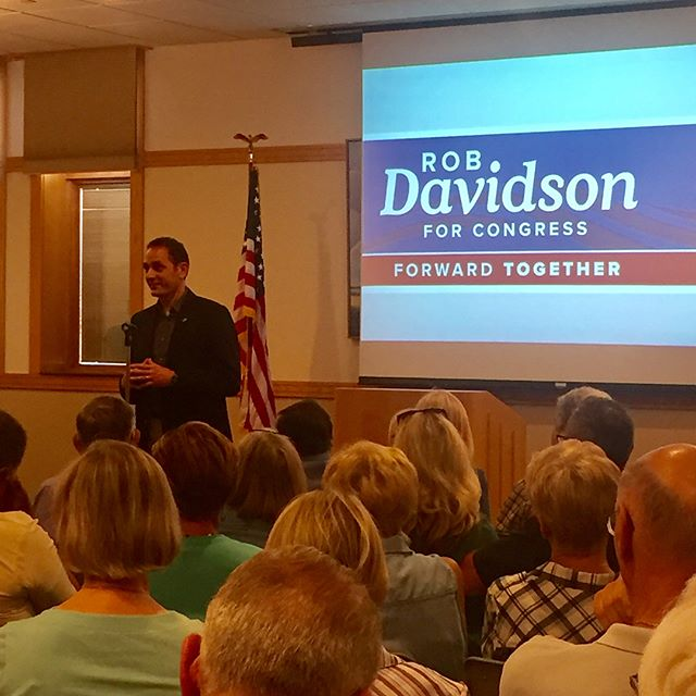 Great turnout for @robdavidsonforcongress tonight for the Healthcare Town Hall in Zeeland!