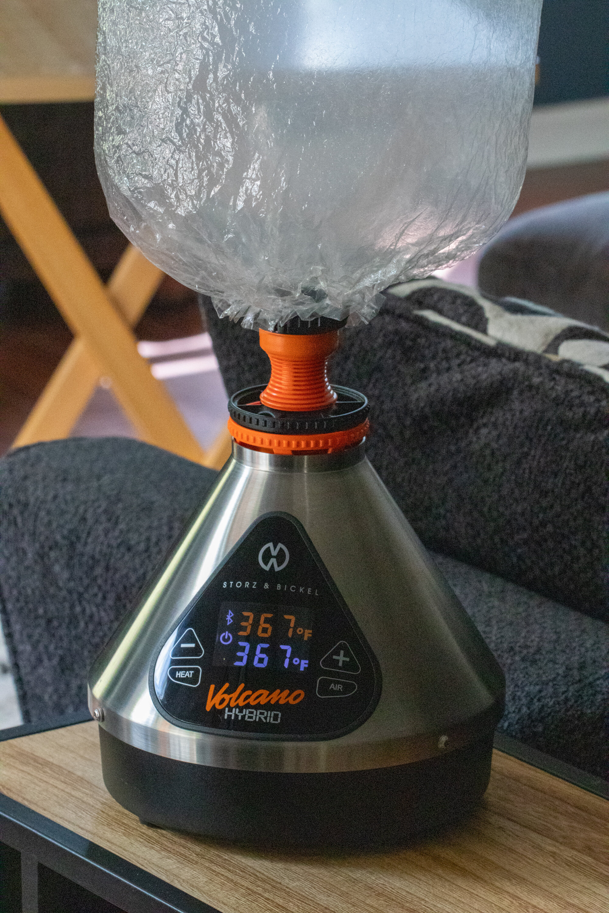 Volcano Desktop Vaporizer with Bag Attachment