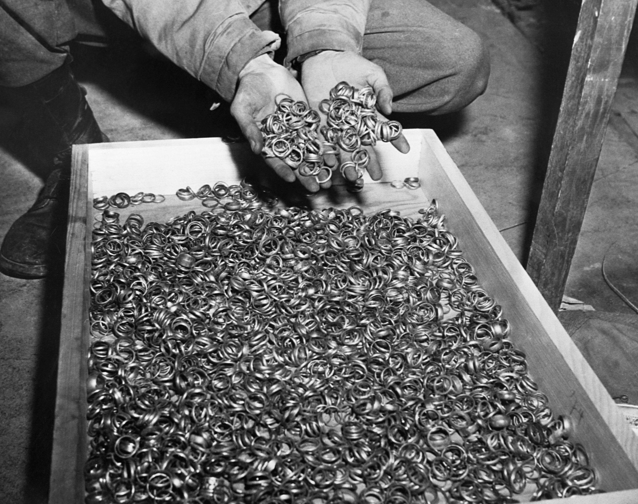 wedding-rings-holocaust.jpg