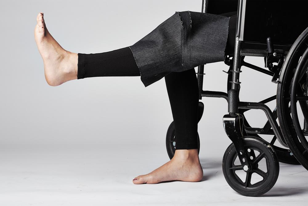 denim-knee-stretch.jpg